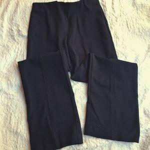 Gloria Vanderbilt Black Trousers